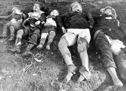 Ermordete deutsche Frauen und Kinder.