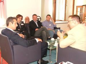 Markus Wiener (r.) im Gespräch mit FPÖ-Chef HC Strache (l.).
