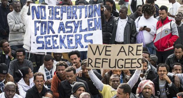 Diese Armutsflüchtlinge nehmen gerne die Einladung der deutschen politischen Klasse an, am deutschen Lebensstandard teilzuhaben.